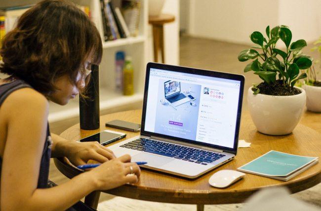 Trabalhar em casa pela internet 2020: Um caminho para o sucesso